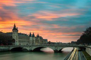 Devis pour reparation porte à Paris